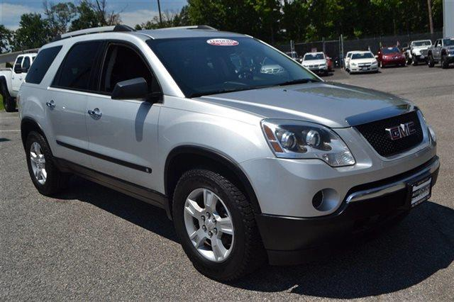 2010 GMC ACADIA SL 4DR SUV quicksilver metallic new arrival this 2010 gmc acadia sl will sell f
