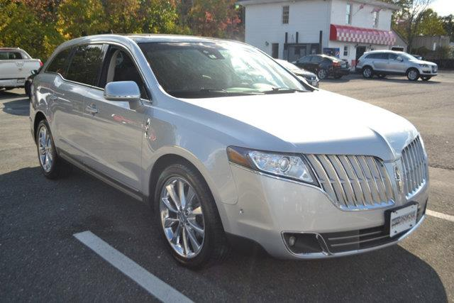 2011 LINCOLN MKT ECOBOOST AWD 4DR CROSSOVER silver this 2011 lincoln mkt 4dr 4dr wagon 35l awd w