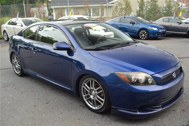 2009 SCION TC blue ribbon metallic this 2009 scion tc 2dr features a 24l 4 cylinder 4cyl gasolin