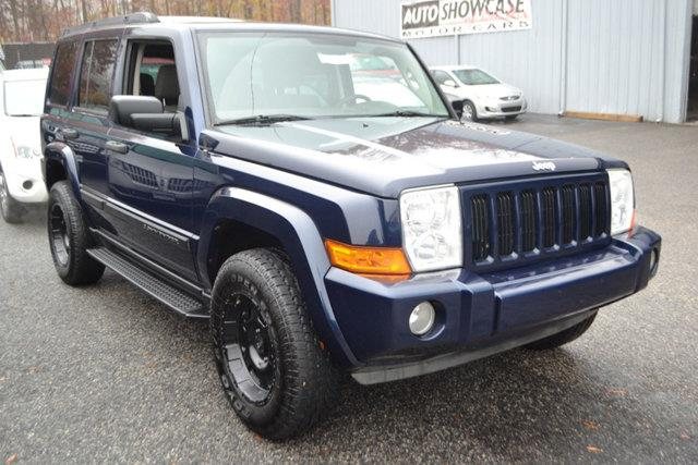 2006 JEEP COMMANDER BASE 4DR SUV 4WD blue this 2006 jeep commander 4dr 4dr 4wd features a 37l v6