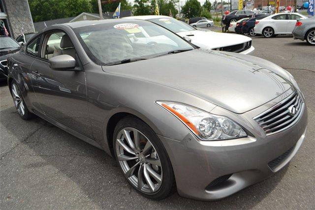2008 INFINITI G37 2DR COUPE platinum graphite carfax 1-owner low miles this 2008 infiniti g37
