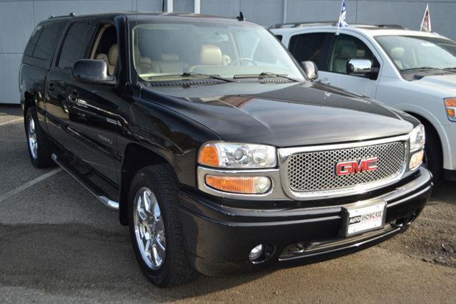 2006 GMC SIERRA 1500 DENALI AWD 4DR CREW CAB 58 FT onyx black this 2006 gmc sierra denali 4dr c
