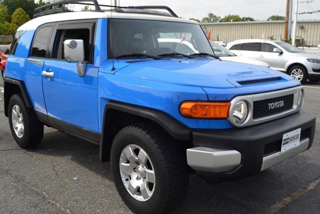 2007 TOYOTA FJ CRUISER BASE 4DR SUV 4WD 4L V6 6M blue this 2007 toyota fj cruiser 4dr 4wd 4dr a