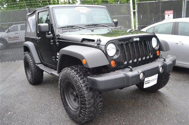 2011 JEEP WRANGLER 4WD 2DR MOJAVE 4X4 SUV black clear coat low miles this 2011 jeep wrangler s