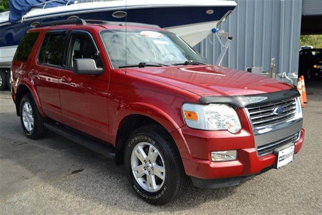 2010 FORD EXPLORER XLT 4X4 4DR SUV red this 2010 ford explorer 4dr 4wd 4dr xlt features a 40l v6