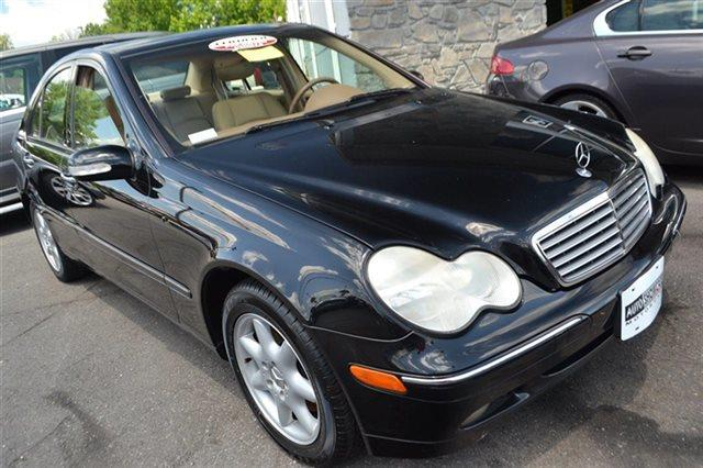 2004 MERCEDES-BENZ C-CLASS C320 4MATIC AWD 4DR SEDAN black this 2004 mercedes-benz c-class 32l