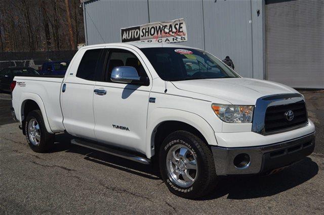 2007 TOYOTA TUNDRA SR5 4DR DOUBLE CAB SB 47L V8 white this 2007 toyota tundra sr5 will sell fa
