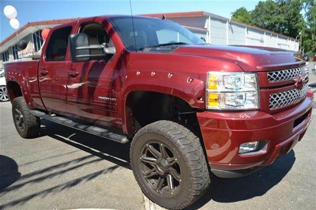 2014 CHEVROLET SILVERADO 2500HD - 4X4 TRUCK deep ruby metallic new arrival bluetooth heated