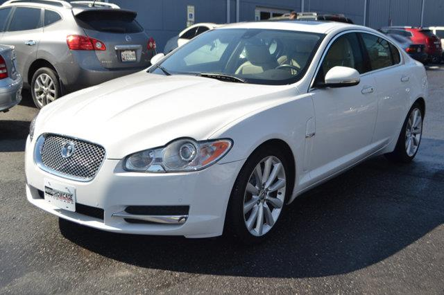 2011 JAGUAR XF PREMIUM 4DR SEDAN white this 2011 jaguar xf 4dr 4dr sedan portfolio features a 50