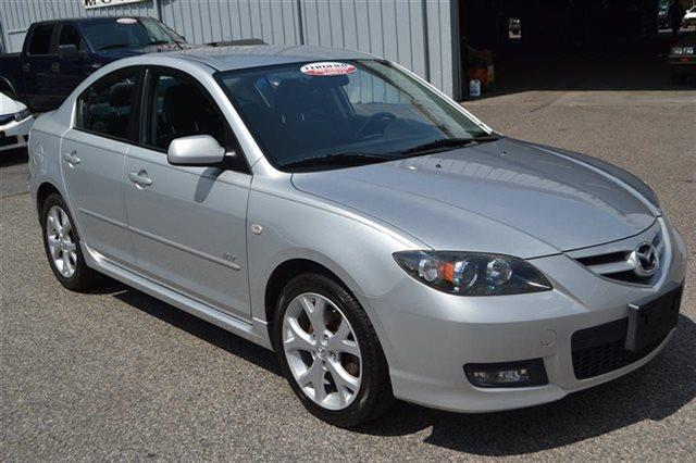 2007 MAZDA MAZDA3 - sunlight silver metallic this 2007 mazda mazda3 - sedan will sell fast low