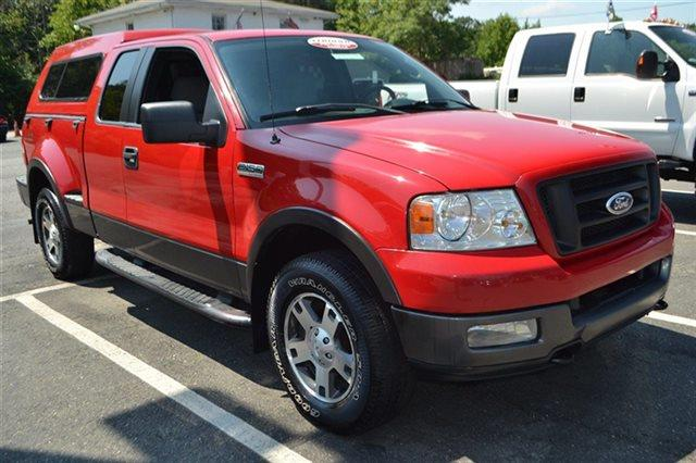 2005 FORD F-150 - 4X4 TRUCK bright red new arrival value priced below market this 2005 ford