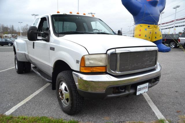 1999 FORD F-350 SUPER DUTY SUPERCAB 158 XLT 4WD oxford white this 1999 ford super duty f-350 drw