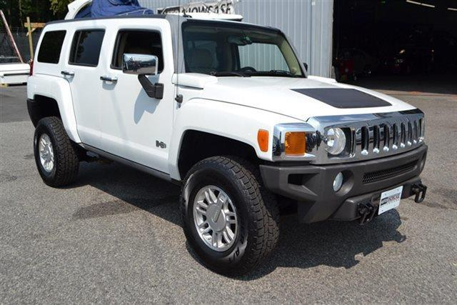 2006 HUMMER H3 BASE 4DR SUV 4WD white warranty a limited warranty is included with this vehicle