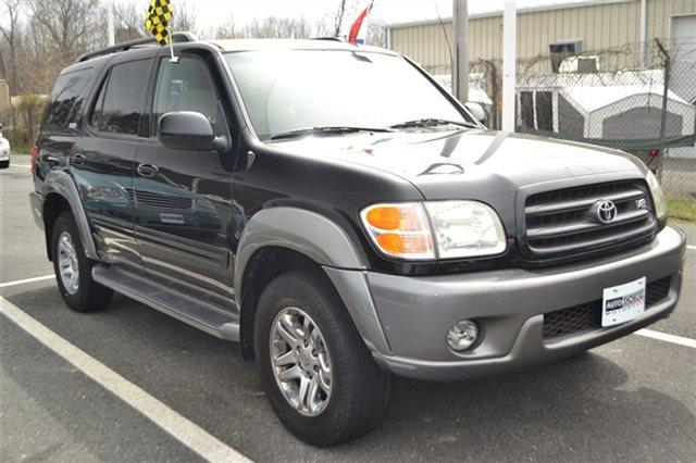 2004 TOYOTA SEQUOIA SR5 4WD 4DR SUV black this 2004 toyota sequoia sr5 will sell fast auto climat