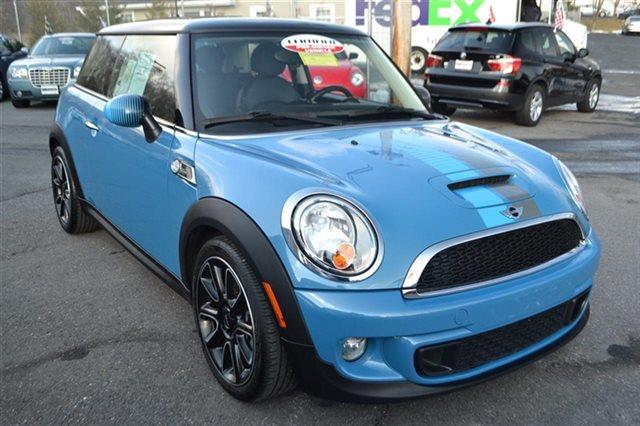 2012 MINI COOPER HARDTOP S 2DR HATCHBACK blue this 2012 mini cooper hardtop s will sell fast -all