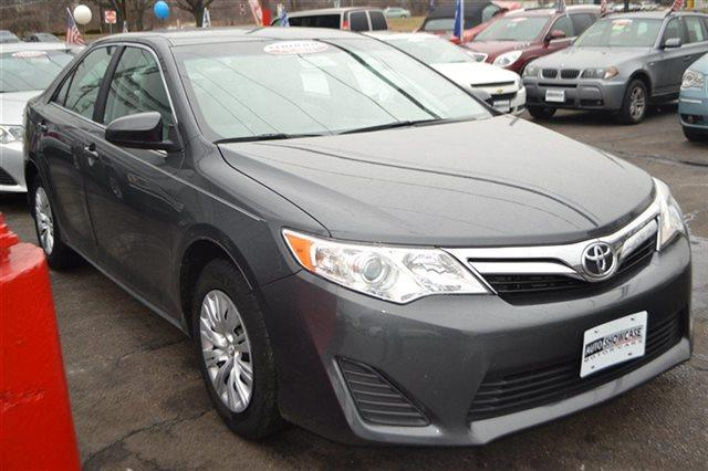 2012 TOYOTA CAMRY 4DR SEDAN I4 AUTOMATIC LE SEDAN gray priced below market thiscamry will sell