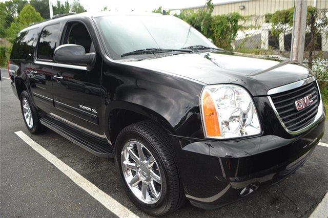 2012 GMC YUKON XL SLT 1500 4X4 4DR SUV carbon black metallic this 2012 gmc yukon xl 4wd 4dr 1500