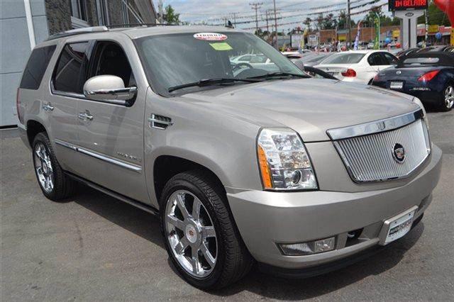 2007 CADILLAC ESCALADE BASE 4DR SUV quicksilver this 2007 cadillac escalade 2wd 4dr suv will sell