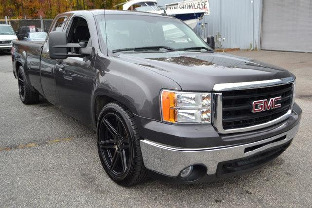 2011 GMC SIERRA 1500 SLE 4X4 4DR EXTENDED CAB 8 FT L charcoal this 2011 gmc