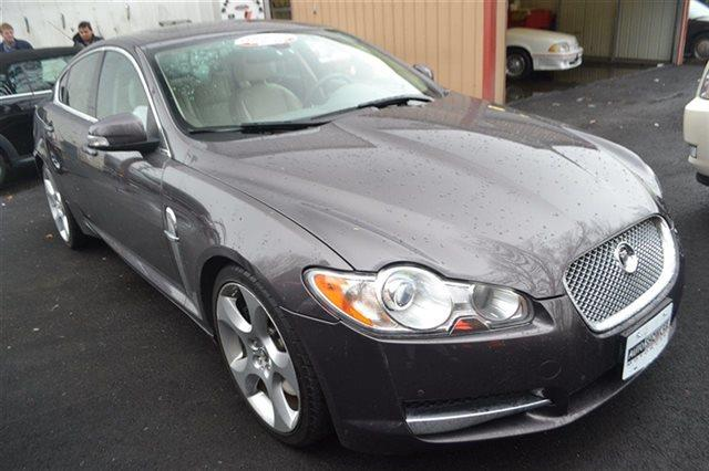 2009 JAGUAR XF SUPERCHARGED 4DR SEDAN pearl grey value priced below market heated seats sunr