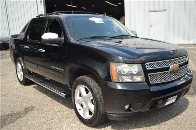 2007 CHEVROLET AVALANCHE AVALANCHE K1500 black this 2007 chevrolet avalanche ltz will sell fast