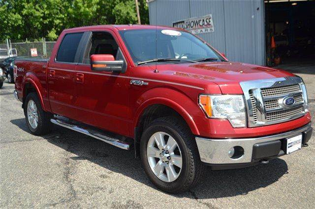 2009 FORD F-150 XLT SUPERCREW 55-FT BED 4WD 4X razor red dual-coat this 20
