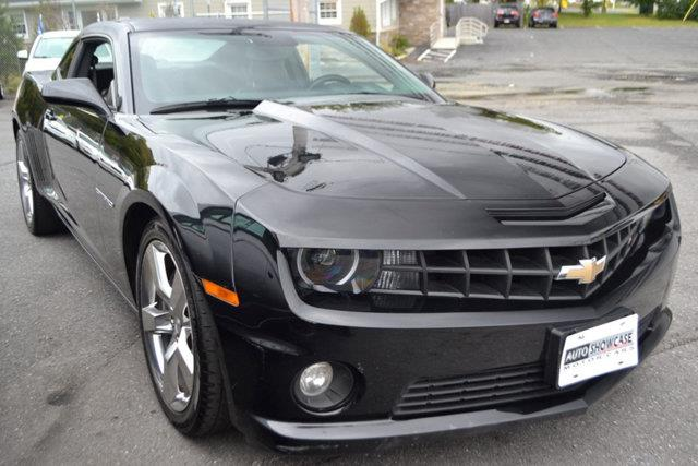 2010 CHEVROLET CAMARO SS 2DR COUPE W2SS black this 2010 chevrolet camaro 2dr 2dr coupe 2ss featu