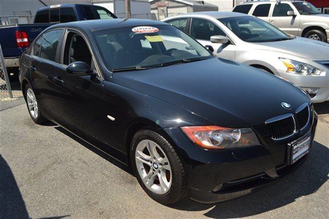 2008 BMW 3 SERIES 328XI AWD 4DR SEDAN black sapphire metallic low miles this 2008 bmw 3 series