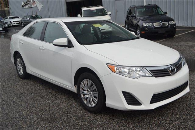 2013 TOYOTA CAMRY - SEDAN white this 2013 toyota camry - sedan will sell fast this camry has a