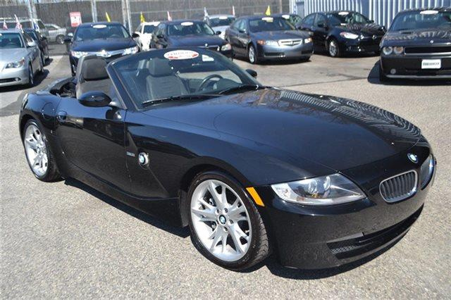 2008 BMW Z4 30I 2DR CONVERTIBLE jet black priced below market thisz4 will sell fast this 20