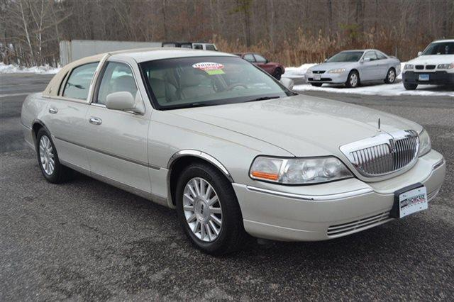 2004 LINCOLN TOWN CAR ULTIMATE 4DR SEDAN cashmere tri-coat heated seats premium sound package