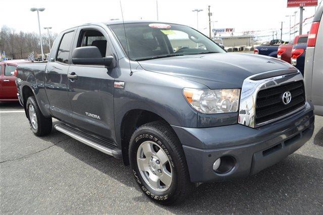 2009 TOYOTA TUNDRA - TRUCK blue priced below market this 2009 toyota tundra 4wd truck - truck