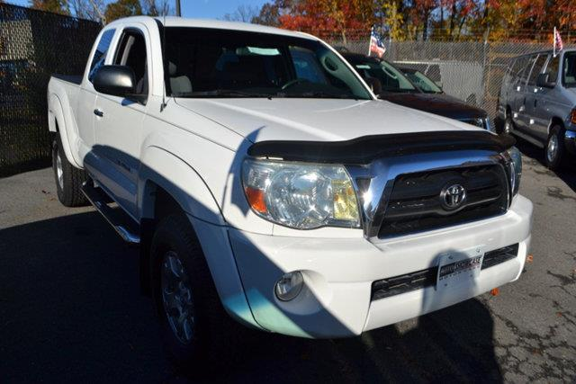 2008 TOYOTA TACOMA PRERUNNER V6 4X2 4DR ACCESS CAB white this 2008 toyota tacoma 2dr prerunner fe