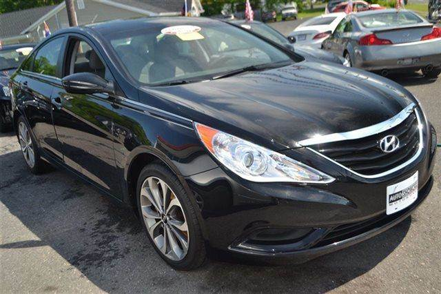 2011 HYUNDAI SONATA GLS SEDAN black onyx pearl new arrival priced below market this 2011 hyun