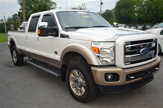 2011 FORD F-350 SUPER DUTY - 4X4 oxford white this 2011 ford super duty f-350