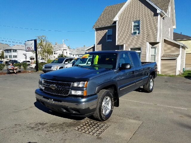 2007 Chevrolet Silverado 1500 Classic LT1 4dr Extended Cab 4WD 6.5 ft. SB - Indian Orchard MA