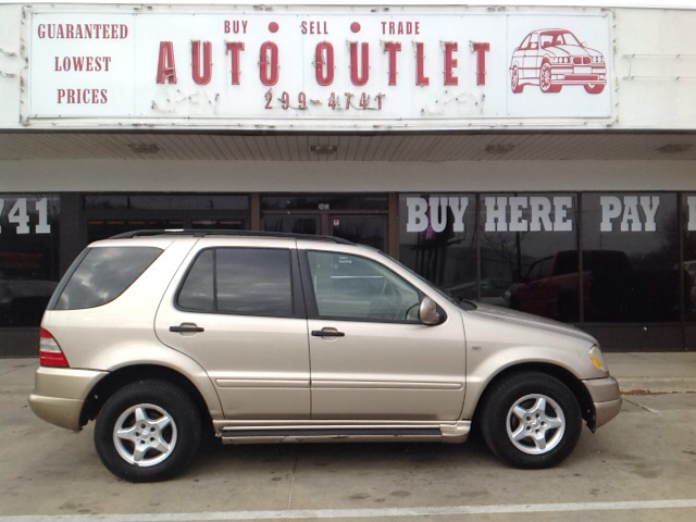 2001 mercedes benz m class ml320 awd 4matic 4dr suv in des moines ia auto outlet. Black Bedroom Furniture Sets. Home Design Ideas