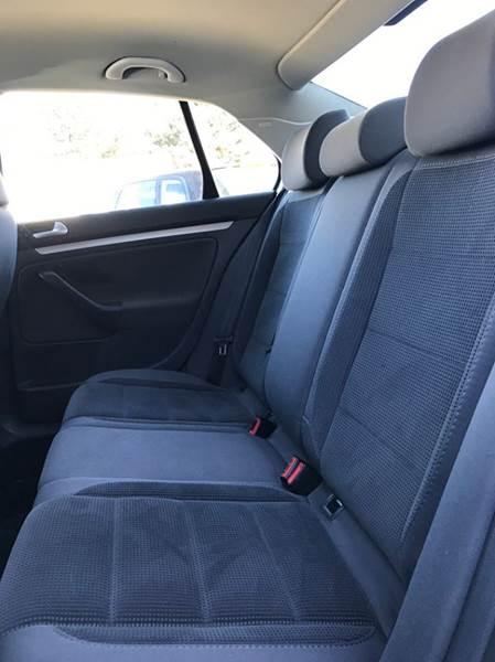 2008 Volkswagen Jetta S 4dr Sedan 5M - Fort Collins CO