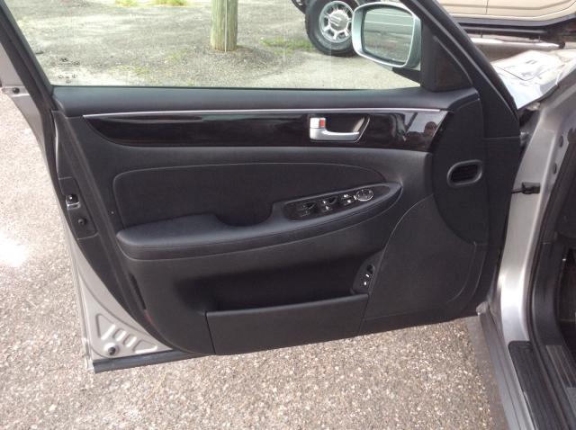 2013 Hyundai Genesis 3.8L 4dr Sedan - Tampa FL