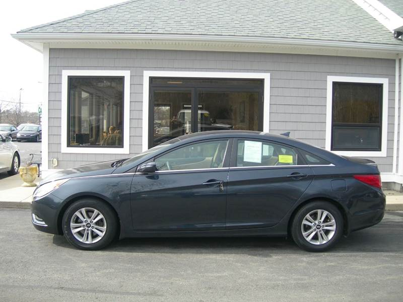 2011 Hyundai Sonata GLS 4dr Sedan - North Dartmouth MA