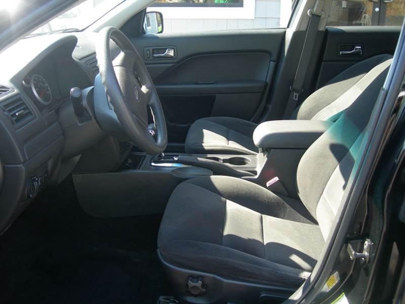 2008 Ford Fusion I4 SE 4dr Sedan - North Dartmouth MA