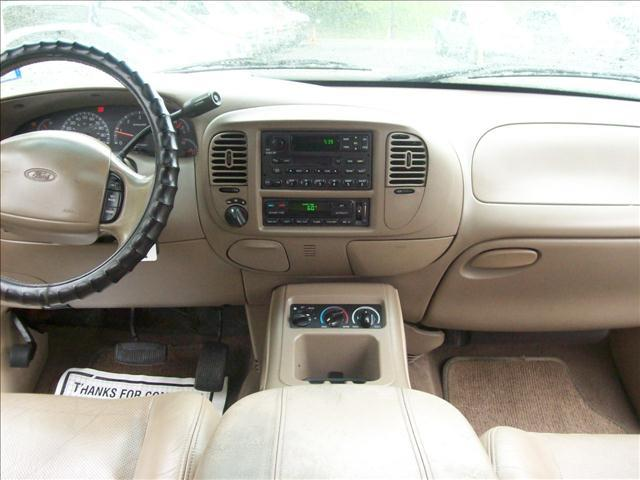 2002 Ford Expedition Eddie Bauer - Fort Lee NJ