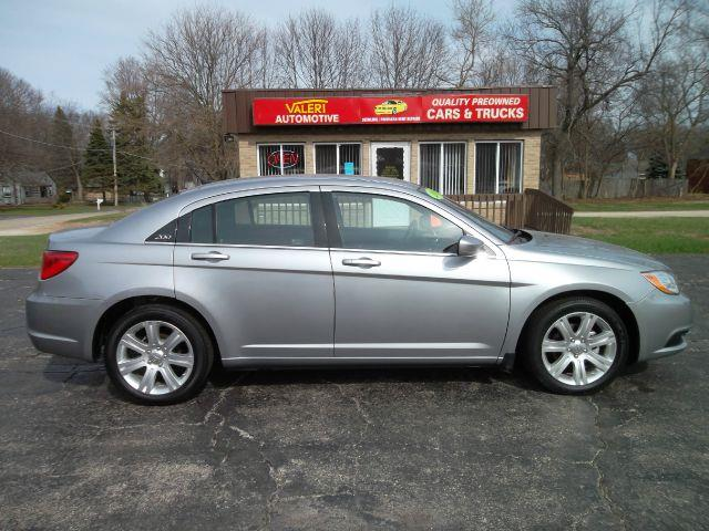 2012 Chrysler 200 for sale in WINTHROP HARBOR IL