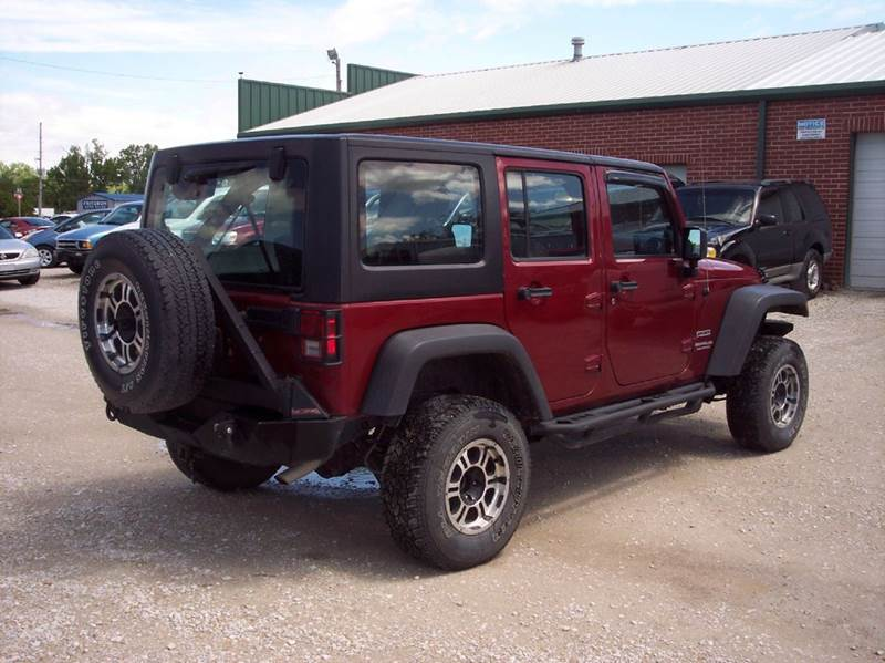 2012 Jeep Wrangler Unlimited 4x4 Sport 4dr SUV - Manhattan KS