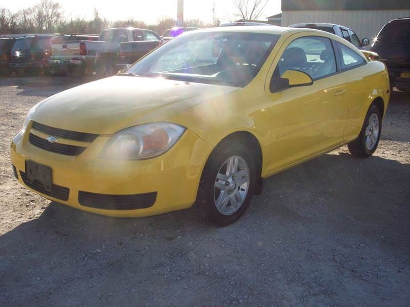 2005 Chevrolet Cobalt LS 2dr Coupe - Manhattan KS