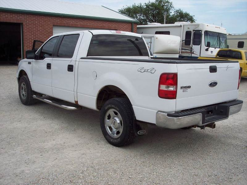 2007 Ford F-150 XLT 4dr SuperCrew 4WD Styleside 5.5 ft. SB - Manhattan KS