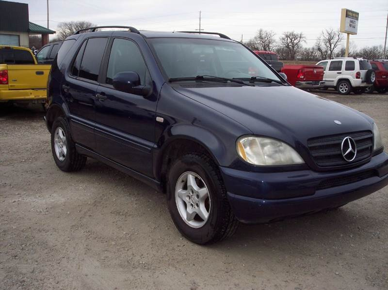 2000 Mercedes-Benz M-Class ML320 AWD 4MATIC 4dr SUV - Manhattan KS