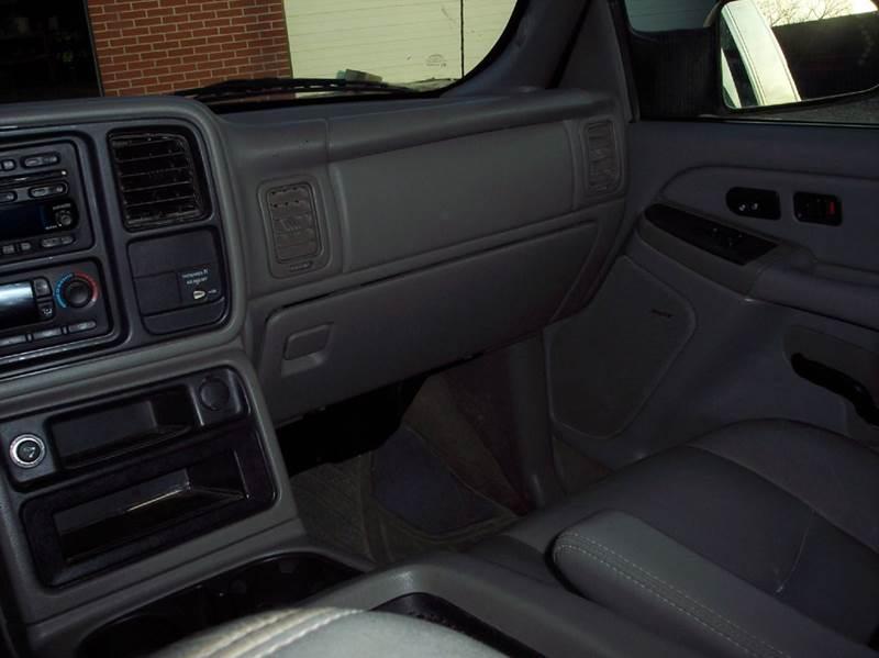 2004 Chevrolet Silverado 2500HD 4dr Extended Cab LT 4WD LB - Manhattan KS