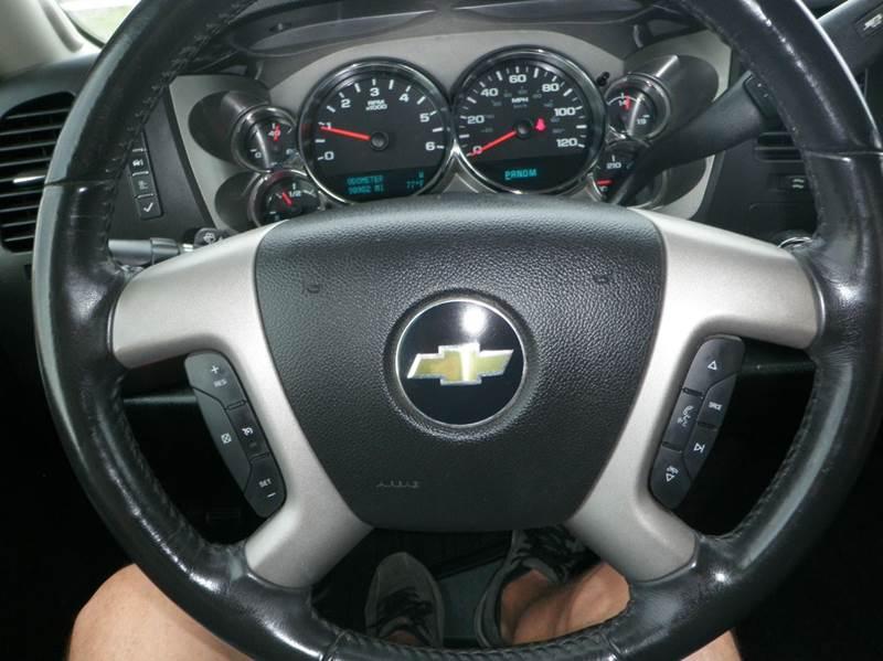 2011 Chevrolet Silverado 1500 4x4 LT 4dr Crew Cab 5.8 ft. SB - Newton KS