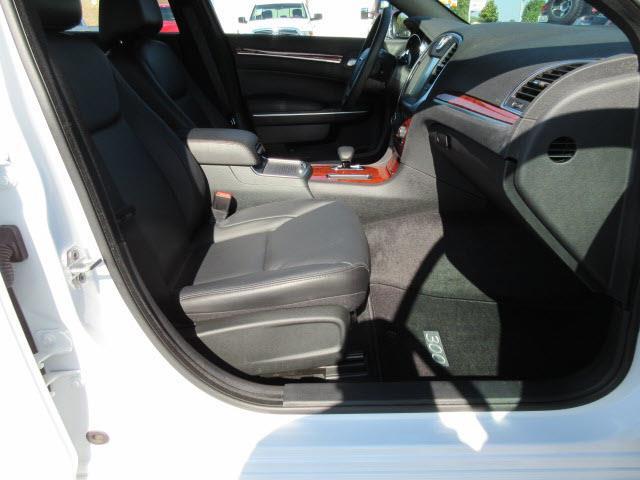 2013 Chrysler 300 4dr Sedan - Owensboro KY